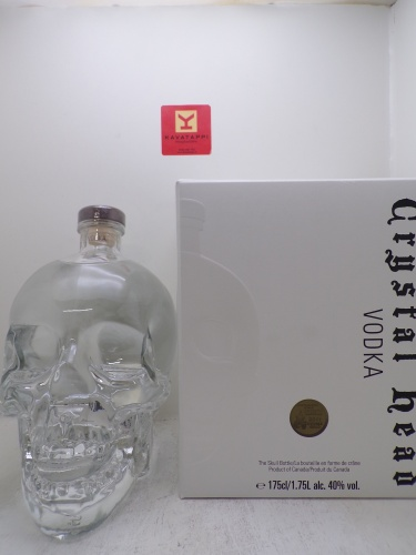 CRYSTAL HEAD *MAGNUM VODKA* 40° (decanter a teschio astucciato)