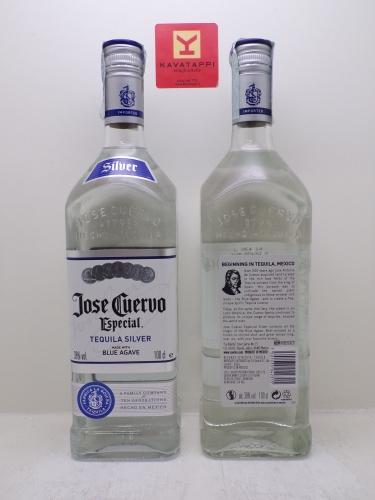 JOSE CUERVO *TEQUILA CLASICO* 38°
