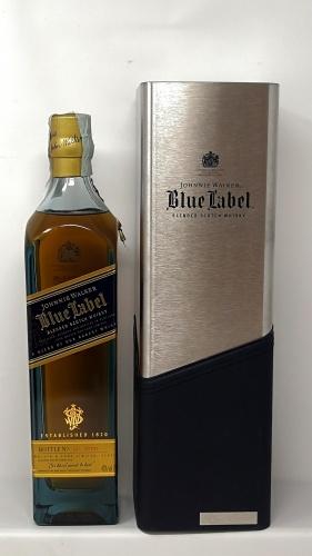JOHNNIE WALKER *WHISKY BLUE LABEL* a blend of our very rarest  scotch whisky 40° (astucciato)